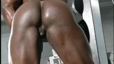 Dayana Cadeau 01 – Female Bodybuilder