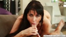Eva Karerra blows dicks like a pro