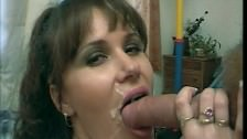 Milf gives nice head