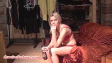 Sexy 18yo blondie shows her body